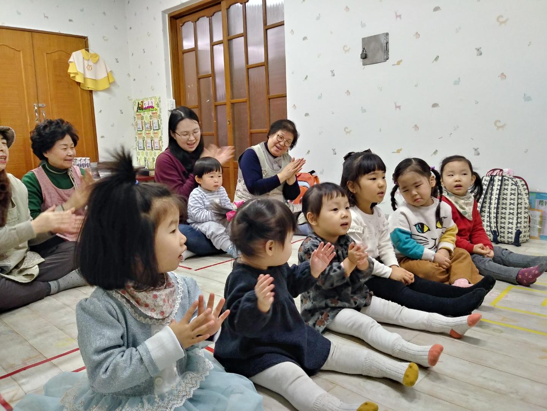 2월10일 영유아 예배사진.jpg